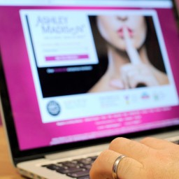 Ashley Madison plaintiffs can't sue anonymously over hack, judge says
